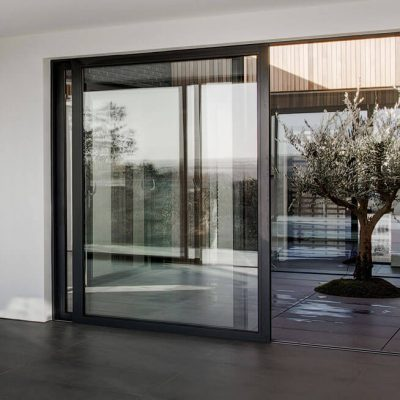 Black aluminium lift and slide door